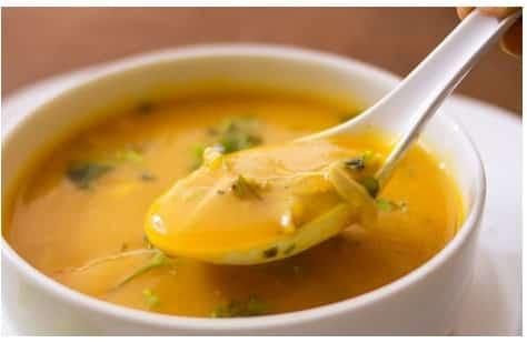 Sopas de dietas cremosas de coliflor